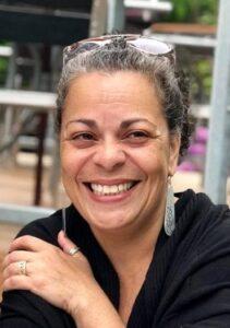 Carol Correa deBest