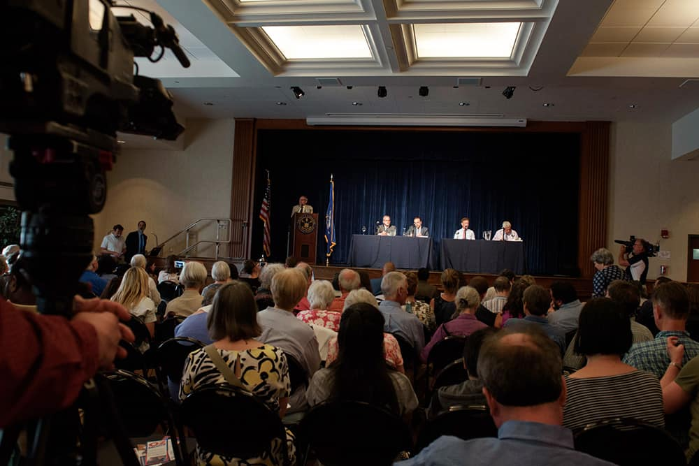Gubernatorial forum with audience